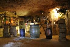 Grotte & dégustations  pour mon EVG à Val de Loire | Enterrement de vie de garçon | idée enterrement de vie de garçon | activité enterrement de vie de garçon | idée evg | activité evg
