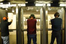 Gun indoor  pour mon EVG à Las Vegas | Enterrement de vie de garçon | idée enterrement de vie de garçon | activité enterrement de vie de garçon | idée evg | activité evg