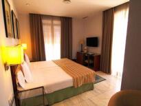 Hôtel 4 étoiles pour mon EVG à Séville | Enterrement de vie de garçon | idée enterrement de vie de garçon | activité enterrement de vie de garçon | idée evg | activité evg