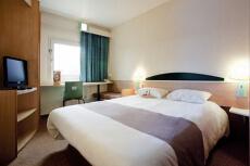 Hotel 2* pour mon EVG à Düsseldorf | Enterrement de vie de garçon | idée enterrement de vie de garçon | activité enterrement de vie de garçon | idée evg | activité evg