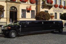 Hummer limo (17pers) pour mon EVG à Prague | Enterrement de vie de garçon | idée enterrement de vie de garçon | activité enterrement de vie de garçon | idée evg | activité evg