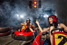 Kartfahren für meinen JGA in Valence | Junggesellenabschied