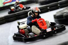 Karting Outdoor  pour mon EVG à Reims | Enterrement de vie de garçon | idée enterrement de vie de garçon | activité enterrement de vie de garçon | idée evg | activité evg