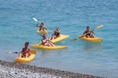 Kayak de mer  pour mon EVJF à Marseille | Enterrement de vie de jeune fille | idée evjf | idée enterrement de vie de jeune fille | activité evjf |activité enterrement de vie de jeune fille