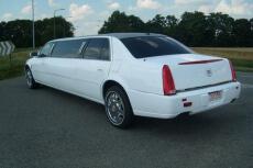 Lincoln Limousine (8pers) pour mon EVG à Marbella | Enterrement de vie de garçon | idée enterrement de vie de garçon | activité enterrement de vie de garçon | idée evg | activité evg