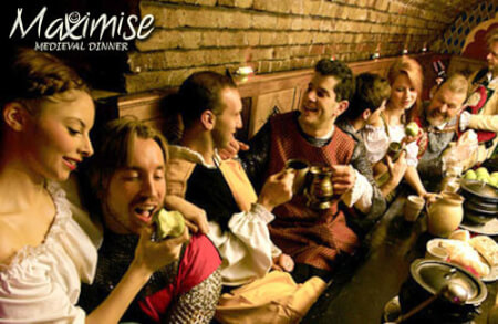 Medieval Banquet London for your hen weekend with hen Maximise