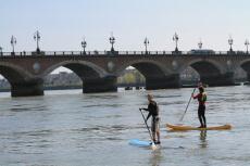 Paddle sur la Garonne pour mon EVJF à Bordeaux | Enterrement de vie de jeune fille | idée evjf | idée enterrement de vie de jeune fille | activité evjf |activité enterrement de vie de jeune fille
