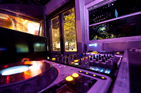 Party Bus DJ