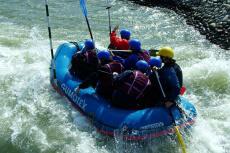 Rafting & Piscine pour mon EVJF à Prague | Enterrement de vie de jeune fille | idée evjf | idée enterrement de vie de jeune fille | activité evjf |activité enterrement de vie de jeune fille
