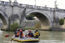 Rafting mitten in Rom für meinen JGA in Rome | Junggesellenabschied