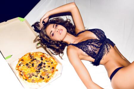 Sexy Wake Up & Pizza für meinen JGA in Budapest | Junggesellenabschied