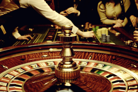 Soirée Casino pour mon EVJF à Biarritz | Enterrement de vie de jeune fille | idée evjf | idée enterrement de vie de jeune fille | activité evjf |activité enterrement de vie de jeune fille