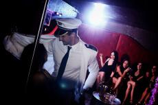 Stripclub chic  pour mon EVJF à Bordeaux | Enterrement de vie de jeune fille | idée evjf | idée enterrement de vie de jeune fille | activité evjf |activité enterrement de vie de jeune fille