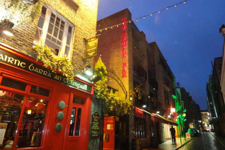 Pub Crawl Privatif Amp Bo 238 Te Pour Mon Evg 224 Dublin